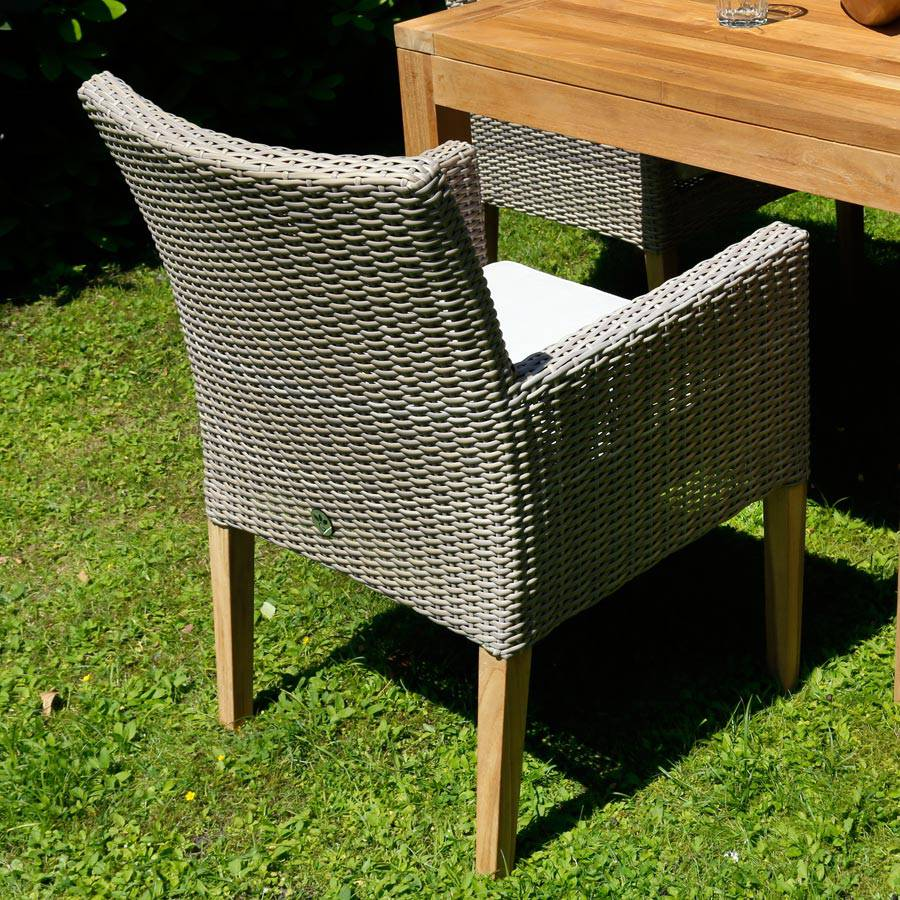 geflecht stuhl sessel old java mit sitzkissen und teak f ssen. Black Bedroom Furniture Sets. Home Design Ideas